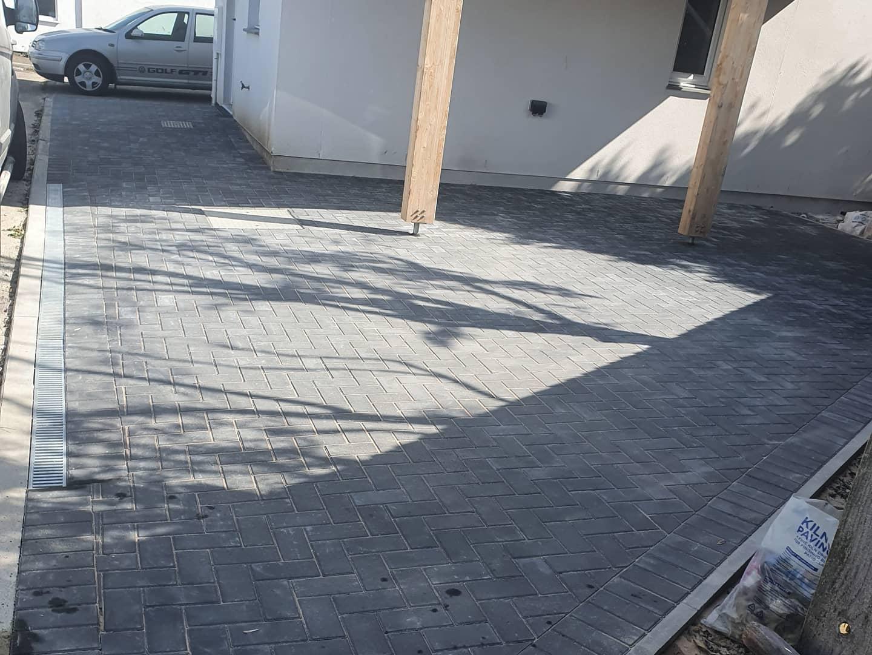 Finshed brick paving