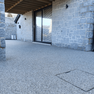 Finished resin driveway