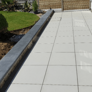 Paving and low wall