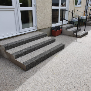 Resin patio with resin steps